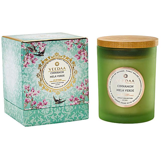Veedaa Cinnamon Mela Verde Scented Candle Jar