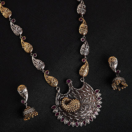 necklace for her birthday:Send Jewellery Gifts