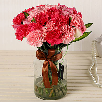 Online Roses And Carnations Glass Vase:Carnations