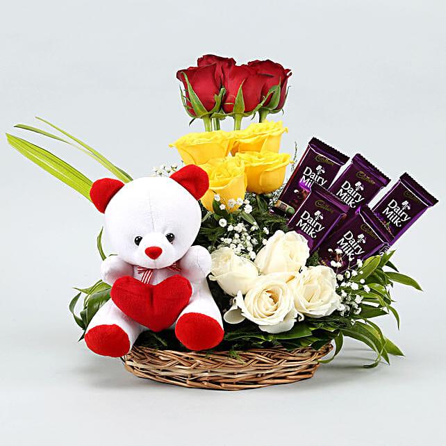 flowers n teddy arrangement combo online:Flowers & Teddy Bears