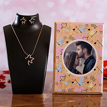 V Day Personalised Plaque Necklace Set:Send Gifts for Hug Day