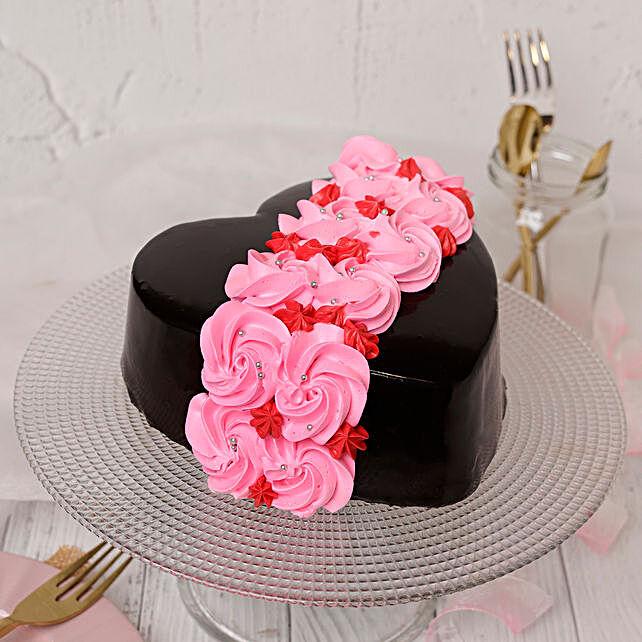 Online Roses On Heart Designer Cake
