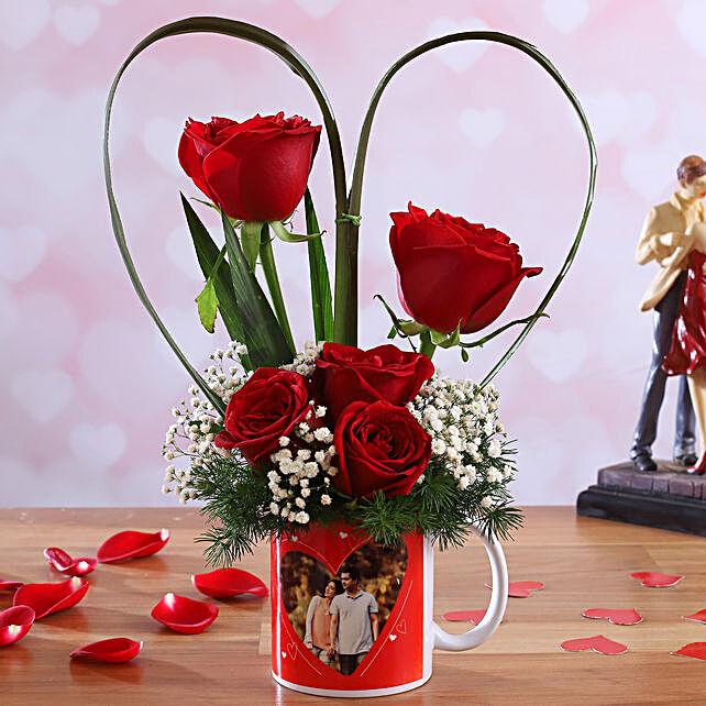 Red Roses In Personalised In-Love Mug