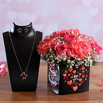 Roses and Carnations In Sticker Vase Pretty Necklace Set:Rose Day Gifts
