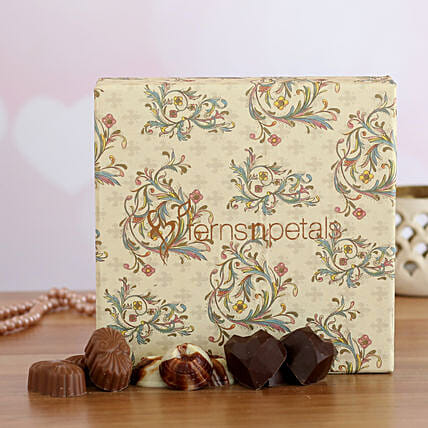delicious chocolate box online