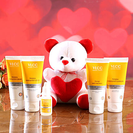 VLCC Hand And Foot Care Kit With Cute Teddy:Soft toys for Propose Day