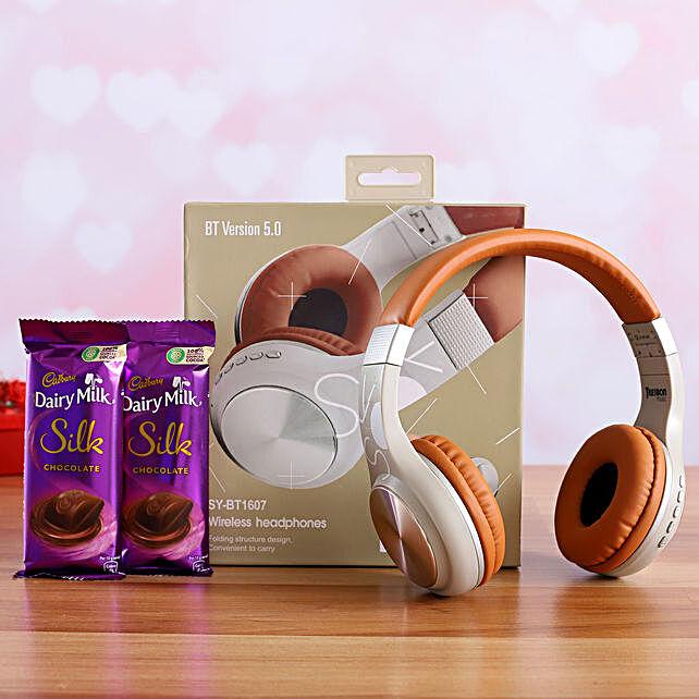 I Next Wireless Headphone And Dairy Milk Silk