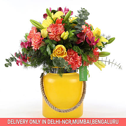 Online Carnations & Asiatic Lilies Arrangement:Mixed Flowers