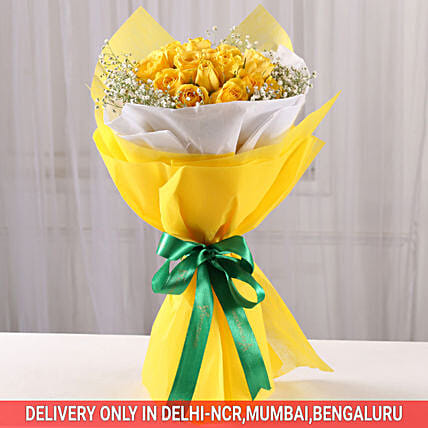 yellow roses in yellow bouquet