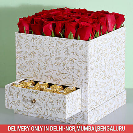Red Rose and Chocolate Luxury Box Online