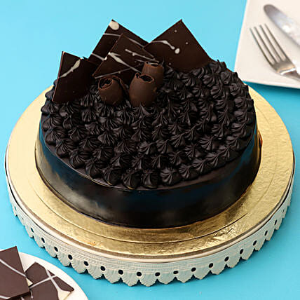 Fudge Brownie Cake Half kg:Cakes for Birthday