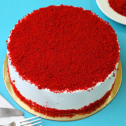 Red Velvet Fresh Cream Cakes Half kg Eggless:New Year Cake