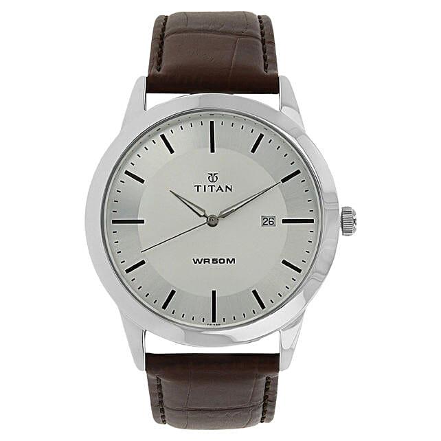 Titan Autumn Winter Analog Silver Dial Mens Watch:Watches