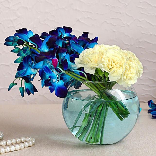 Orchids & Carnations Glass Vase Arrangement:Send Friendship Day Flowers