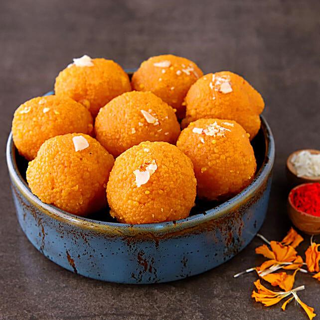 Moti Choor Tempting Laddoos:Send Diwali Gifts for Him