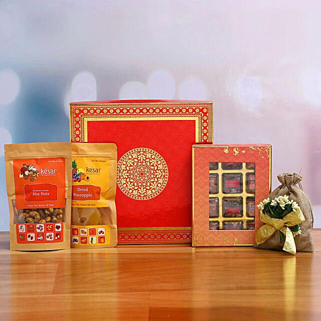 Tempting Diwali Assorted Hamper
