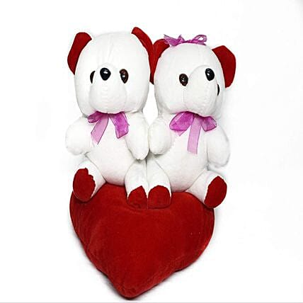 Online White Couple Teddy:Soft toys to Pune