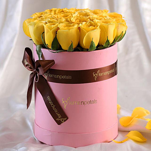 Vibrant Roses FNP Style Arrangement For Mom