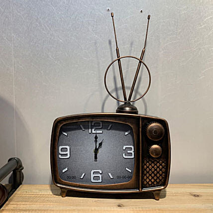 Vintage TV Shaped Metal Clock:Unusual Gifts For Fathers Day