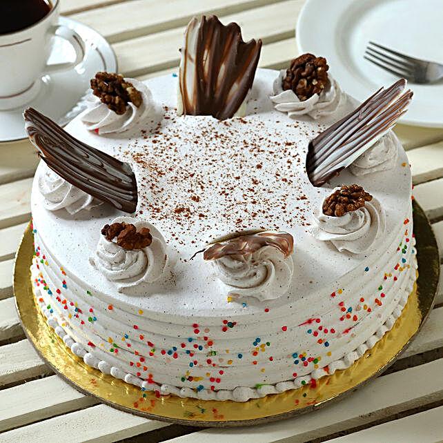 Delicious Cinnamon Cake Online