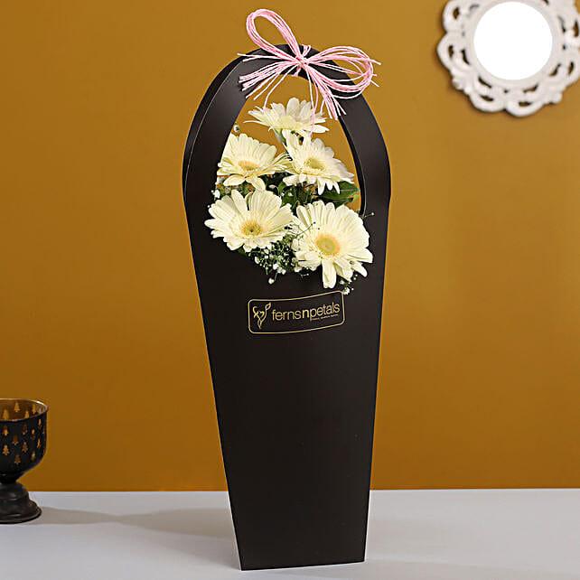 flower online:White Flowers