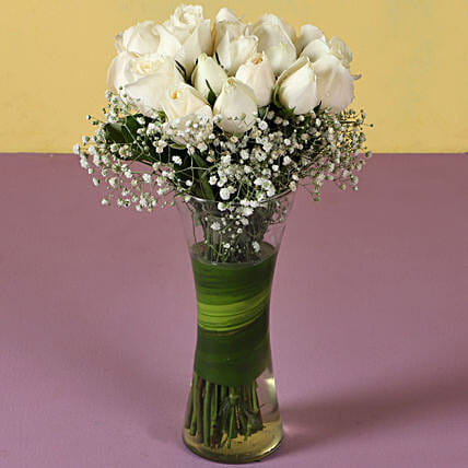 White Roses - Bunch of 20 Long Stem fresh White roses in a glass Vase.
