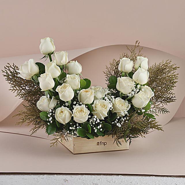 White Roses - Bunch of 20 Long Stem fresh White roses in a glass Vase.:Flowers For Apology