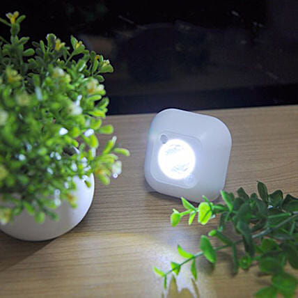 Wireless night lamp