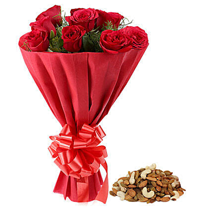 Combo of red roses bouquet and dry fruits