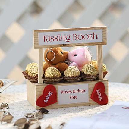 Wooden Kissing Booth & Ferrero Rocher Combo:Soft Toys
