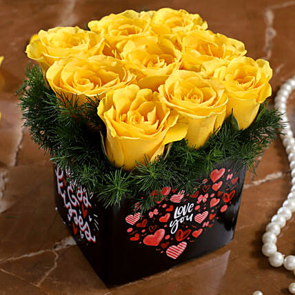 yellow rose arrangement for valentine