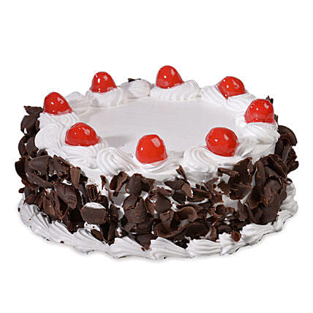 Yummy Black Forest Cake Half kg:Birthday Black Forest Cakes