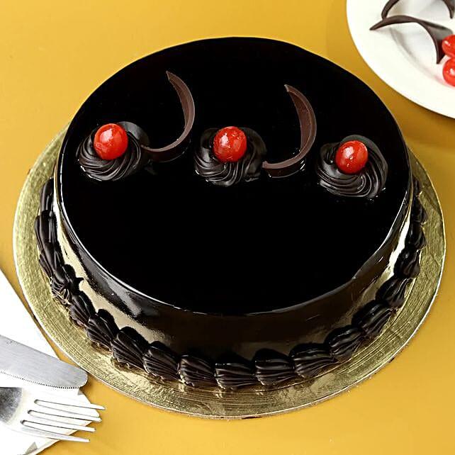 Chocolate Truffle Delicious Cake
