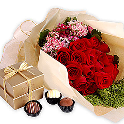 Delicious Surprise:Send Rose Day Gifts to Malaysia