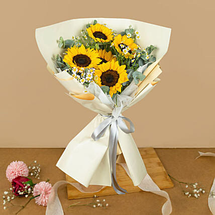 Graceful Sunflower Beautifully Wrapped Bouquet