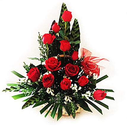 Splendid Rose Arrangement:Send Thank You Gifts to Malaysia