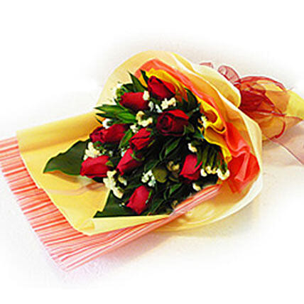 Enchanting Bouquet of Roses