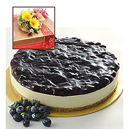 Blueberry Cheesecake With Flowers