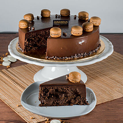 Tempting Callebaut Chocolate Cake:Chocolate Cake Delivery in Malaysia