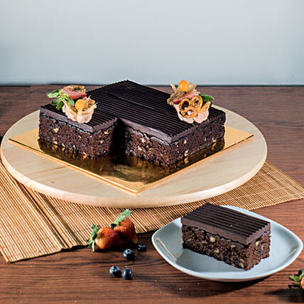 Tempting Chocolate Brownie Cake:Order Anniversary Cakes in Malaysia