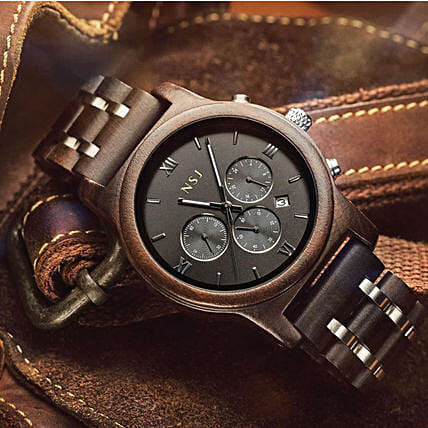 Classy Personalised Wooden Watch:Birthday Gifts Delivery in Malaysia