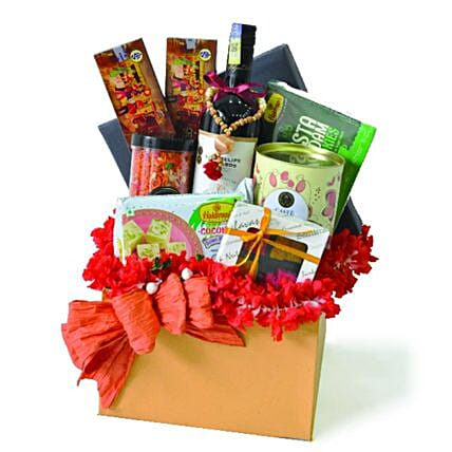 Celippu Diwali Delicacies Gift Hamper