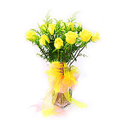 Yellow Roses in Glass Vase:Newborn Baby Gifts to Malaysia