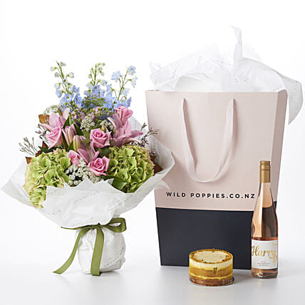 Flower Bouquet N Rose Wine Combo:Send Valentines Day Gifts to New Zealand