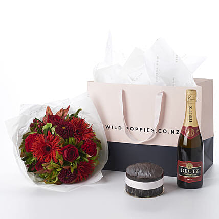 Red Emerald N Wine Gift Hamper:Send Flower Bouquet to New Zealand