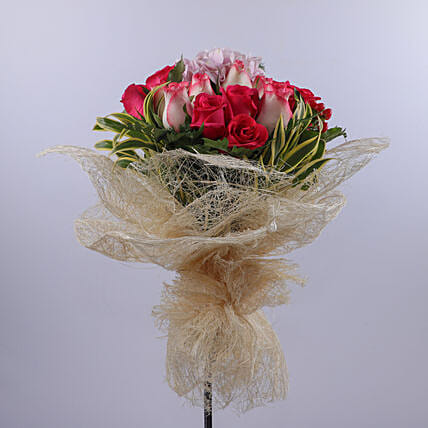 Bouquet Of Timeless Love:Thank You Gift Delivery in Oman