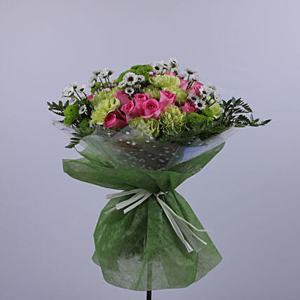 Evergreen Love Bouquet:Send Thank You Gifts to Oman