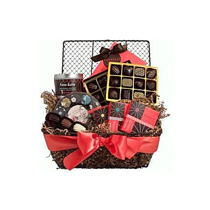 Chocolate Lovers Delight:Friendship Day Gifts to Philippines