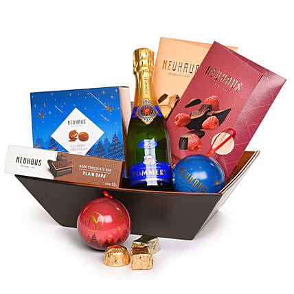 Festive Christmas Hamper:Gift Delivery in Poland
