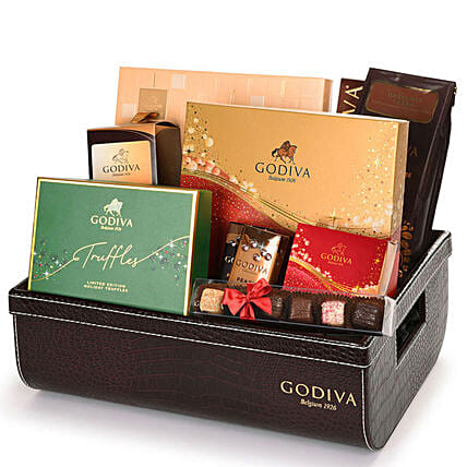 Godiva Vip Christmas Hamper:Gift Delivery in Poland